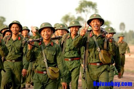 chu nghia anh hung - So sánh chủ nghĩa anh hùng cách mạng trong hai tác phẩm Rừng xà nu của Nguyễn Trung Thành và Những đứa con trong gia đình của Nguyễn Thi