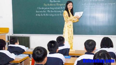 Tả cô giáo   người mẹ hiền yêu quý của em