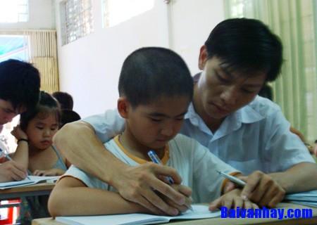Tả người thầy hay cô giáo kính mến