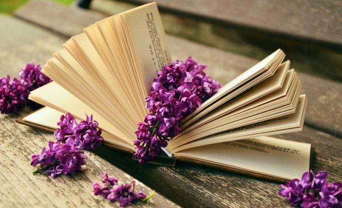 Mỗi người là một pho sách, nếu ta biết đọc họ.