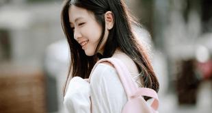 chan dung nu sinhb3fe 310x165 - Bài dự thi cuộc thi viết về những kỷ niệm sâu sắc về thầy cô và mái trường mến yêu